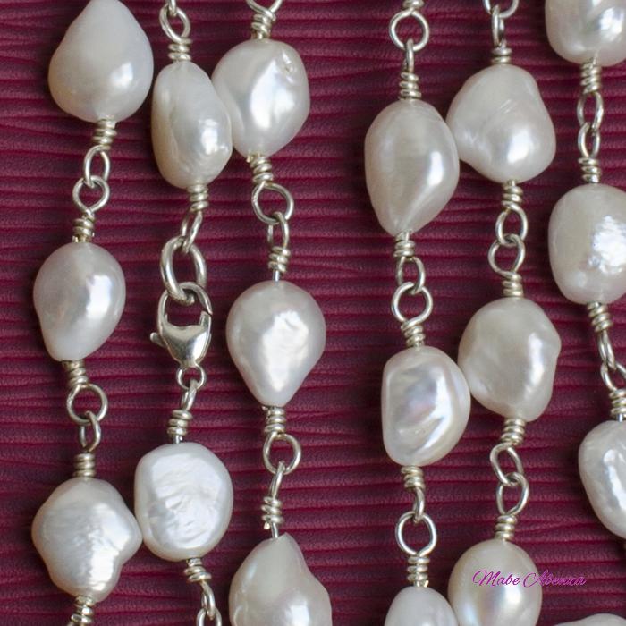 Collar de perlas barrocas detalle